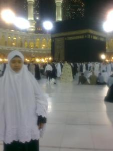 Menuju ke ruang muslimat utk solat subuh berjemaah di dlm Masjidil Haram..