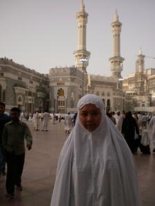 Di luar Masjidil Haram